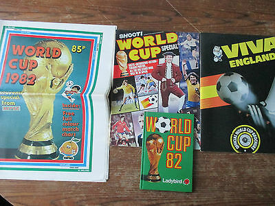 4 souvenir items from the 1982 World Cup in Spain, Revue Shoot Viva Ladybird vgc