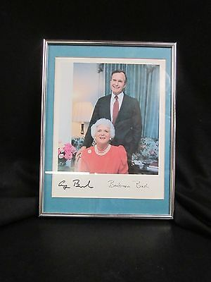 Color Photograph - President George H. W. Bush & First Lady Barbara - Signed