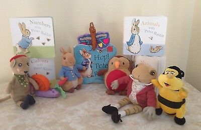 Peter rabbit story sack with 5 used books & new storage bag