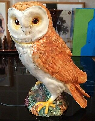 BESWICK 19.5cm TALL OWL 1046 MADE IN ENGLAND