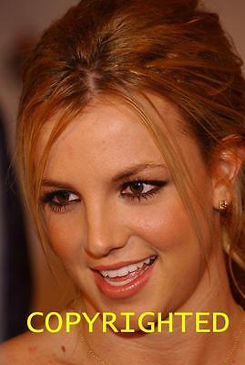 BRITNEY SPEARS hot CANDID PHOTO HF-725