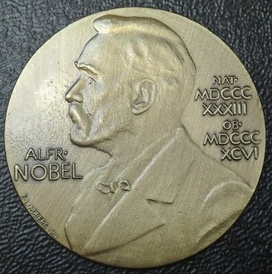 NOBEL PRIZE ALBERT EINSTEIN MEDAL -Physics Theoretical Physicist - 2/3 Orig.Size