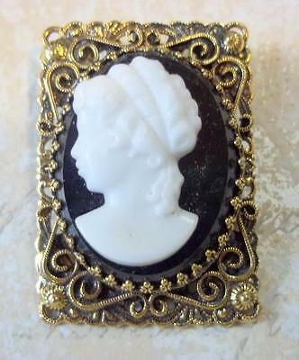 Black and White Cameo Brooch Pendant In Lavish Setting