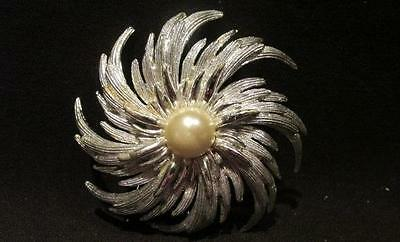 Sarah Coventry Signed Vintage Silver Metal Starburst Brooch Pin Large Pearl