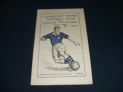 LOWESTOFT TOWN v HAVERHILL ROVERS (1966 ECL Cup Final)