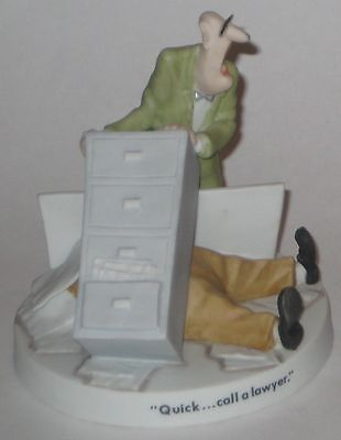 """HERMAN by UNGER w/""""QUICK...CALL A LAWYER"""" 1990 UNIVERSAL Press SYNDICATE Figure"""