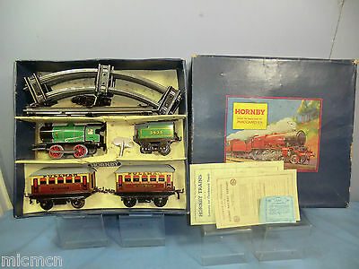 "VINTAGE HORNBY ""0""  No.M1 (LNE)  PASSENGER TRAIN SET   VN MIB"