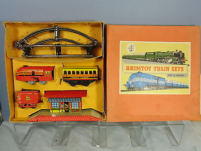 "VINTAGE WELLS / BRIMTOY MODEL No.355 BR ""PASSENGER"" TRAIN SET VN MIB"