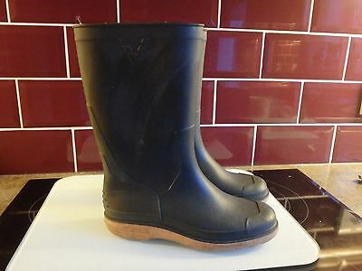 Kids Wellington Boots Khaki Size 4