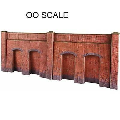 METCALFE - PO244 00/H0 Scale Retaining Wall in Red Brick - BRAND NEW -!!!
