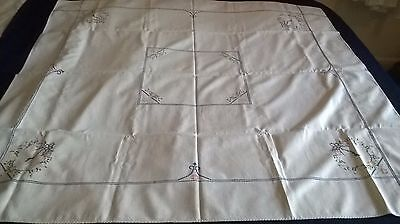 Pretty , Vintage Hand Embroidery  Cross Stitch Table Cloth