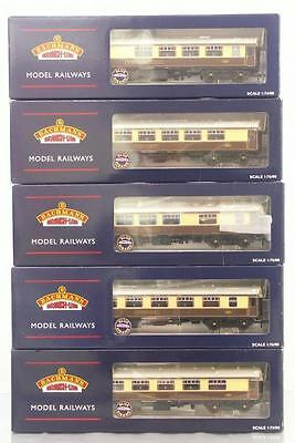 SUPERB MINT BACHMANN OO GAUGE BR Mk1 PULLMAN COACH SET with ILLUMINATED LAMPS