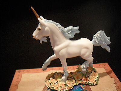 """Dragonsite Unicorn """"meadow""""by Andrew Hull Now Retired New In Box Offer Price"""