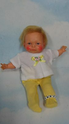 1967 Ideal Newborn Thumbelina Pullstring Doll w/ 2 PC Outfit* WORKS GREAT