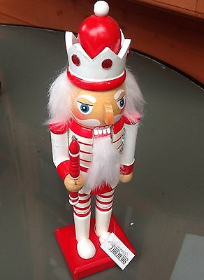 LOVELY NEW NUTCRACKER/SOLDIER/KING HANDPAINTED/JEWELLED, XMAS, WITH STAFF 11inch