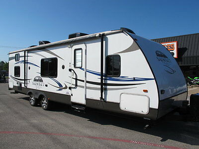 2011 Cross Roades Sunset trail M29 SS rear bunk house, slide out, rear dinette