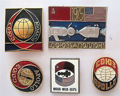 Soyuz-Apollo Test Project - July 15-24 1975 Usa-Ussr First Space Flight 5 Pins