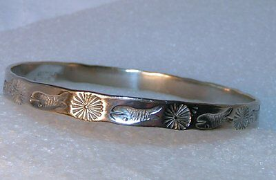 Vintage Mexico Sterling Silver Stamped Fish Sun Bangle thin Bracelet