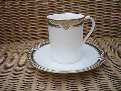 Royal Doulton coffee can and saucer Forsyth English Fine bone china 1991