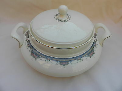 Royal Doulton ALBANY VEGETABLE TUREEN 23.5cm x 10cm & LID, H5121.Excellent,No 1.