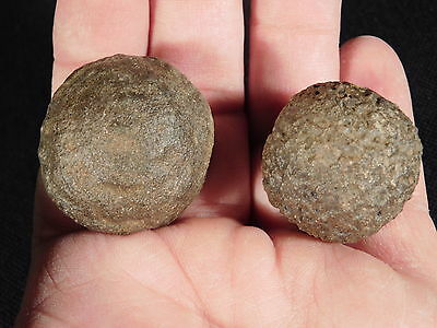 A Nice and Natural Pair of Moqui Marbles or Shaman Stones! from Utah 66.9gr e