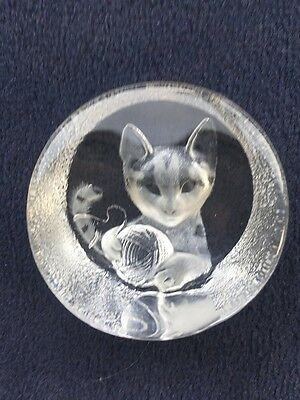 Mats Jonasson Maleras kitten & wool lead glass paperweight  Swedish Art glass