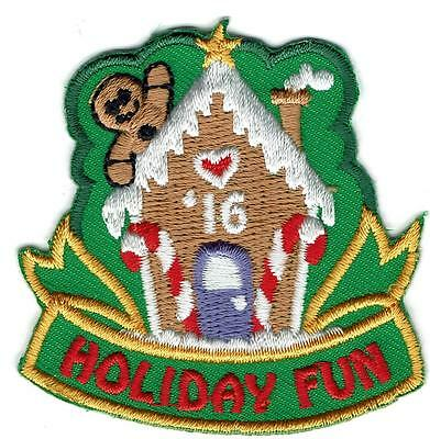 Girl Boy HOLIDAY FUN '16 gingerbread house Patches Crest Badges SCOUT GUIDE XMAS