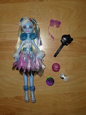 Abbey Bominable Monster High GHOULS RULE Doll w/ Accessories, Complete!
