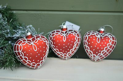 Gisela Graham Glass Painted Heart Bauble Christmas Decoration (set of 3)