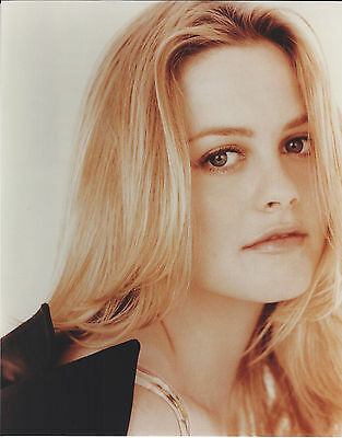 Alicia Silverstone 8 X 10 Photo With Ultra Pro Toploader