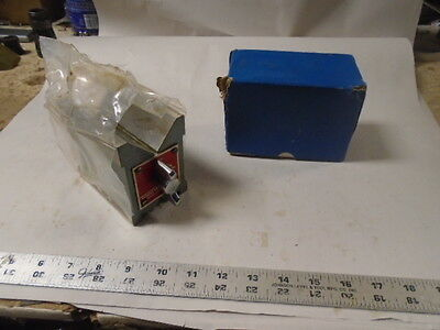 "MACHINIST LATHE MILL Machinist Unused Magnetic V Block Fixutre 4"" Long"