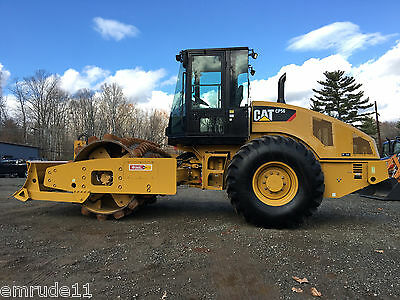 2012 Cat CP56 Padfoot Roller With Blade Cab AC & Heat Diesel Vibratory Compactor