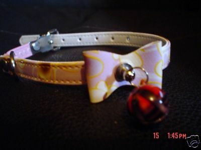 Very Pretty Safety Cat Collar With Coloured Bell