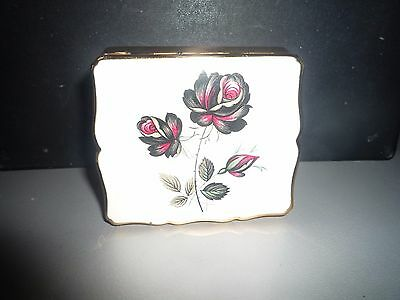 VINTAGE STRATTON MUSICAL POWDER COMPACT (working) for repair.