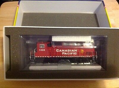 Athearn Genesis HO scale MP15-AC Canadian Pacific DCC/Sound