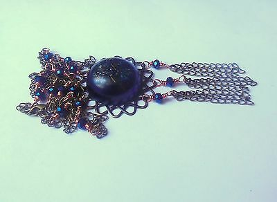 Dark blue vintage style necklace with resin pendant, glass beads.