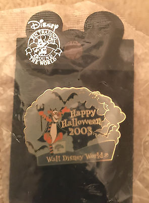 WDW Halloween 2003 Devil Tigger Disney pin Trick or Treat LE 1500 NEW ON CARD!!