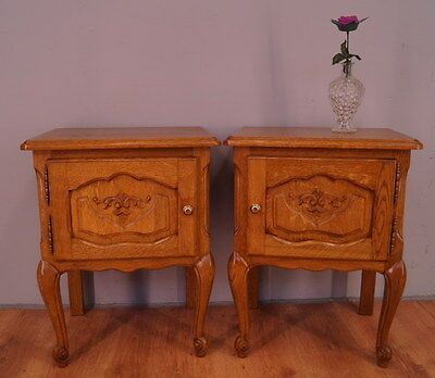 1177 !! Superb Oak Bedside Tables In Louis Xv Style !!