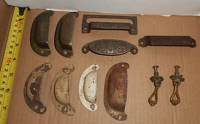 11 pieces Vintage hardware pulls cabinet drawer bin