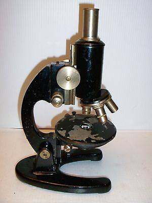 Rare Vintage Paul Waechter Wetzlar Microscope 4 Objectives Nice Collector Piece