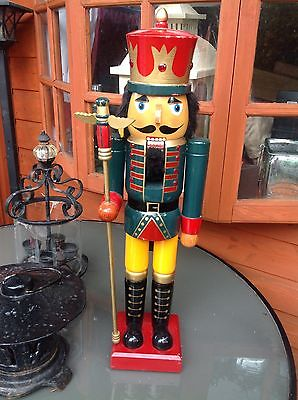 GREAT LARGE SOLDIER/KING NUTCRACKER, HAND PAINTED, BY KIRKLAND, WITH PIKE, 2ft