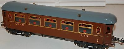 Hornby Series O Gauge Saloon Coach In Lms Livery