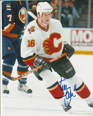SHEAN DONOVAN SIGNED CALGARY FLAMES 8x10 PHOTO #2 Autograph