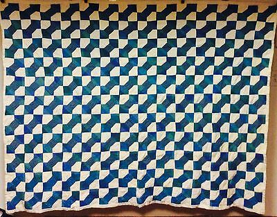 Beautiful Vintage Hand Stitched Blue Green Love Knot Quilt