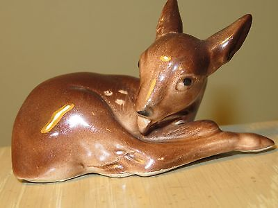 WOODLAND CHRISTMAS Vintage Ceramic Fawn Deer Figurine from England 3""