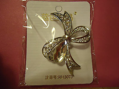 Beautiful Bow With Rhinestones Brooch