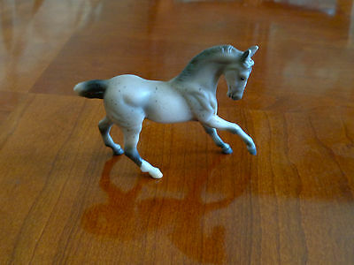 1999 Breyer Reeves Miniature Model Toy Horse Stablemate?