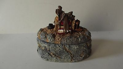 Figi Graphics Happy Trails Collectible Trinket Box BX FR 101 Resin 1993 Oval
