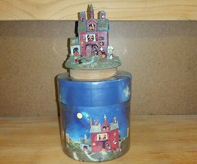 Lang Yankee Candle Toppers Witches' Tea Room Linda Nelson Stocks Halloween Med-L