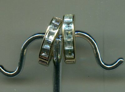 Vintage 10Kt Yellow Gold Aquamarine Huggie Style Earrings